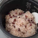 外国人のお宅訪問に「お赤飯」