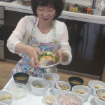キッチンスタジオで豆料理の撮影